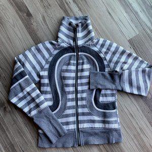 LULULEMON Cozy Up Jacket striped 6